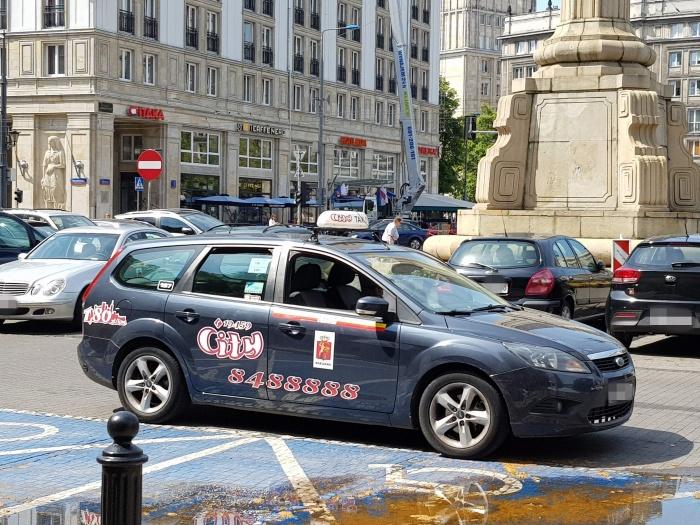 ポーランドのタクシー